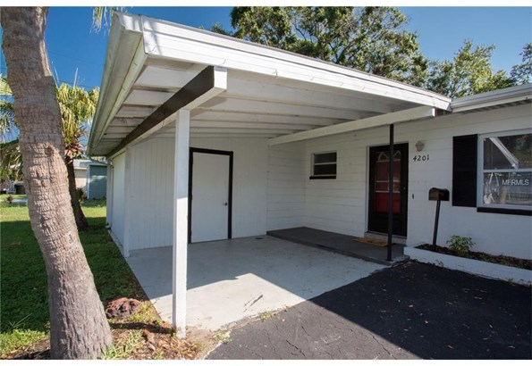 4201 Shore Acres Boulevard North East, St. Petersburg, FL - USA (photo 2)