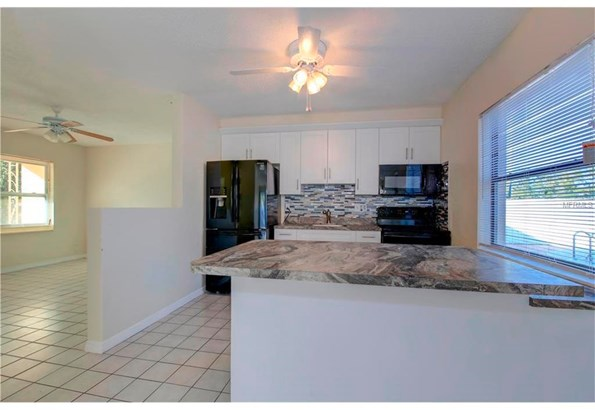 2169 Catalina Drive North, Clearwater, FL - USA (photo 5)