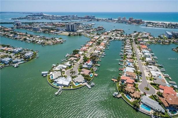 310 Palm Island South East, Clearwater Beach, FL - USA (photo 2)