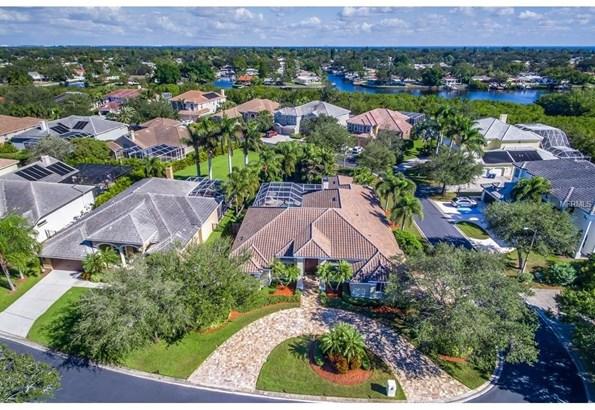 1230 Darlington Oak Circle North East, St. Petersburg, FL - USA (photo 4)