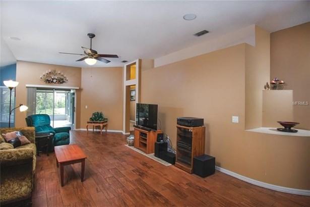 1453 Lake Shore Ranch Drive, Seffner, FL - USA (photo 2)