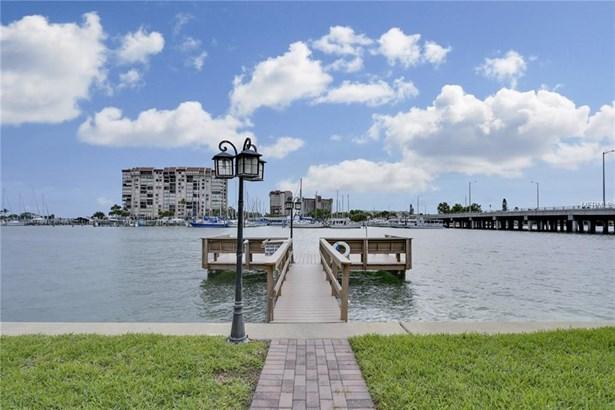 9715 West Harrell Avenue 12, Treasure Island, FL - USA (photo 2)