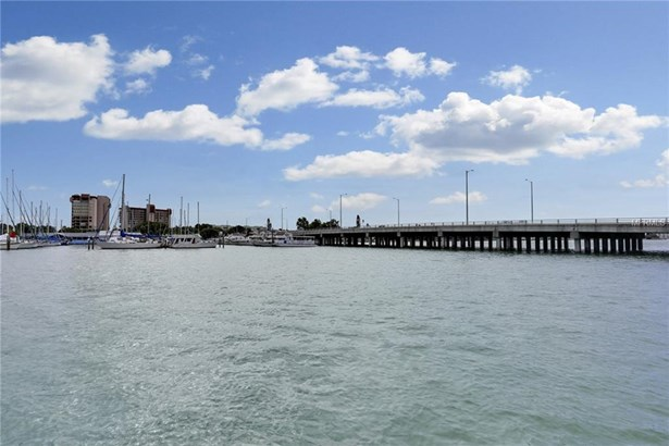 9715 West Harrell Avenue 12, Treasure Island, FL - USA (photo 5)