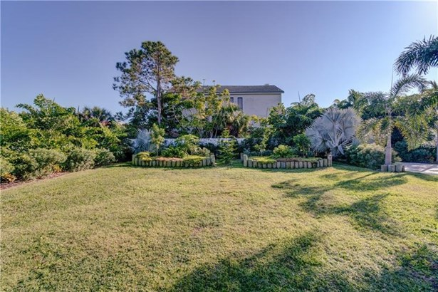 105 Forest Hills Drive, Redington Shores, FL - USA (photo 4)