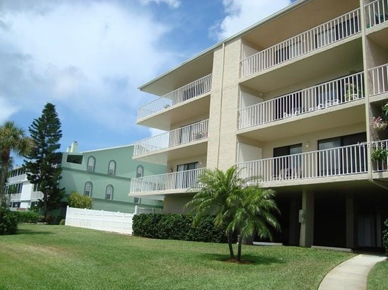 719 Pinellas Bayway South 211, Tierra Verde, FL - USA (photo 1)