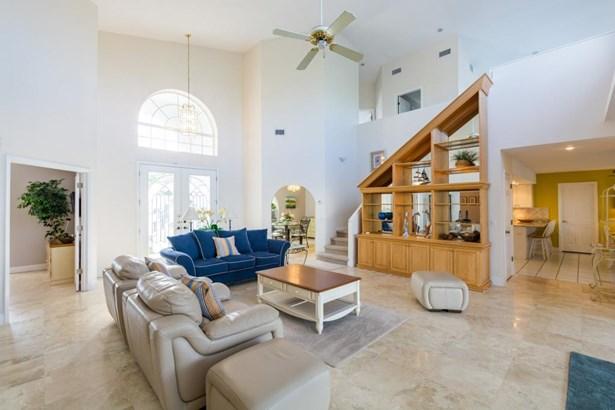 6467 Rubia Circle, Apollo Beach, FL - USA (photo 3)