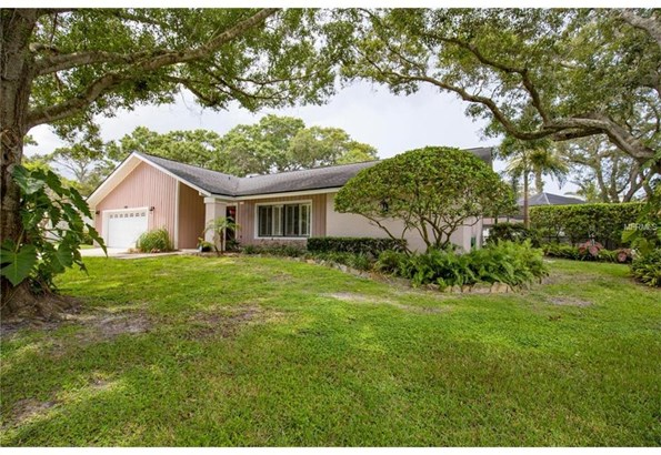 2065 Brookside Drive, Safety Harbor, FL - USA (photo 2)