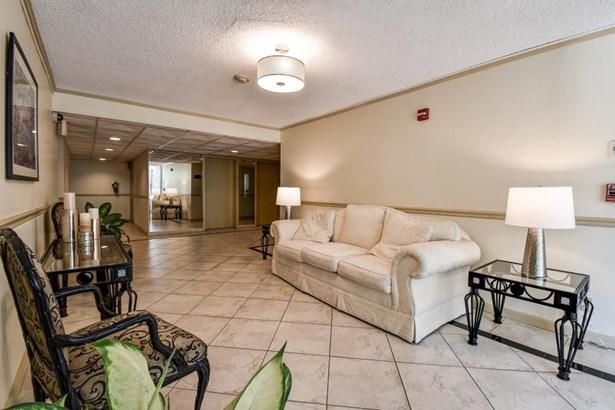220 Belleview Boulevard 312, Belleair, FL - USA (photo 3)