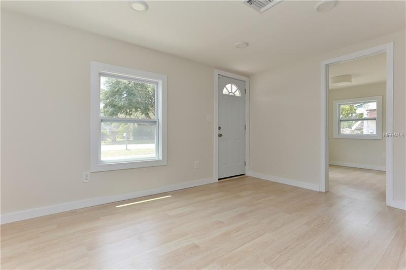 4971 43rd Avenue North, St. Petersburg, FL - USA (photo 5)