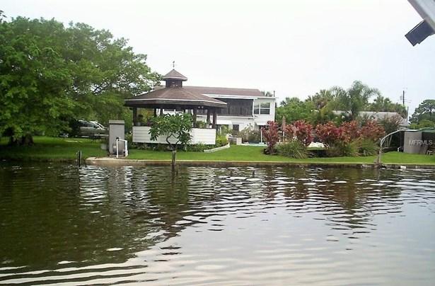 10601 101st Street, Largo, FL - USA (photo 1)