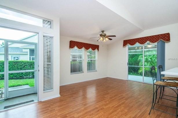 1631 Send Way, Lutz, FL - USA (photo 4)