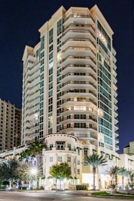 450 Knights Run Avenue 415, Tampa, FL - USA (photo 1)