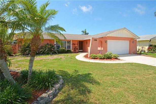 13390 Hacienda Drive, Largo, FL - USA (photo 1)