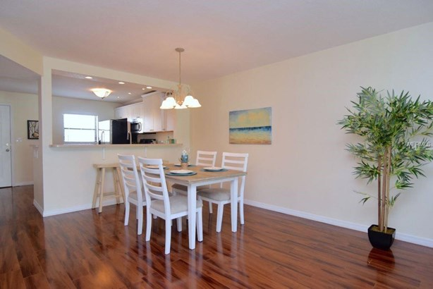 719 Pinellas Bayway South 211, Tierra Verde, FL - USA (photo 5)