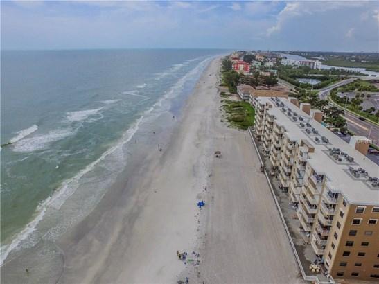 18650 Gulf Boulevard 216, Indian Shores, FL - USA (photo 2)