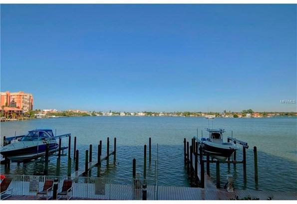17735 Gulf Boulevard 204, Redington Shores, FL - USA (photo 1)