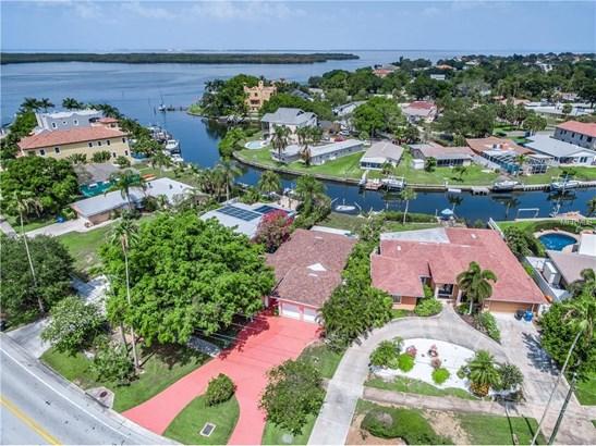 5611 Bayou Grande Boulevard North East, St. Petersburg, FL - USA (photo 2)