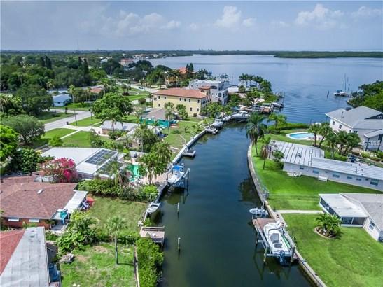 5611 Bayou Grande Boulevard North East, St. Petersburg, FL - USA (photo 4)