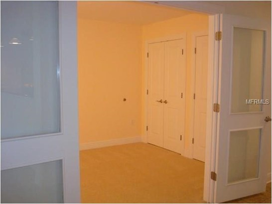 628 Cleveland Street 1111, Clearwater, FL - USA (photo 2)