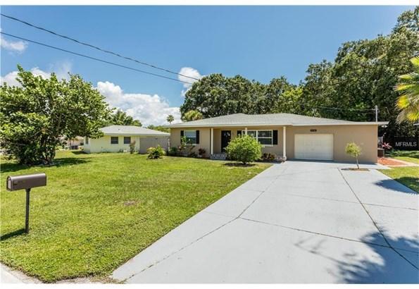 2136 Belmar Drive, Belleair Bluffs, FL - USA (photo 1)