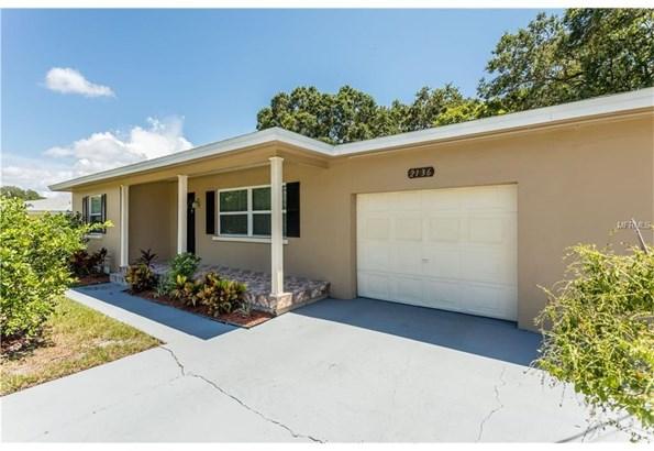 2136 Belmar Drive, Belleair Bluffs, FL - USA (photo 2)