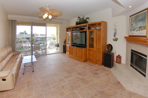 1065 Pinellas Bayway South, Tierra Verde, FL - USA (photo 4)