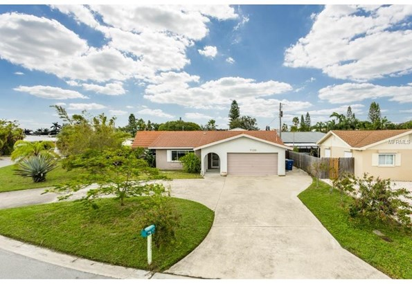 7125 South Shore Drive South, South Pasadena, FL - USA (photo 2)