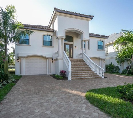 105 Forest Hills Drive, Redington Shores, FL - USA (photo 2)