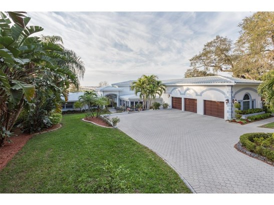 106 Harbor View Lane, Belleair Bluffs, FL - USA (photo 1)