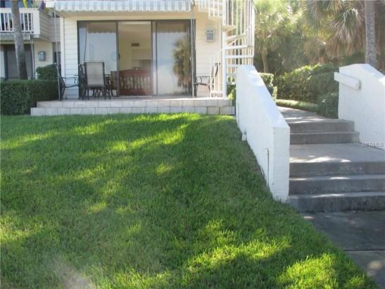 2000 Gulf Boulevard 13, Belleair Beach, FL - USA (photo 2)