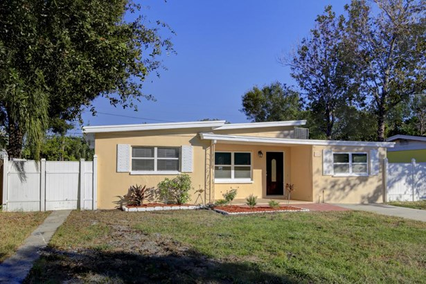 2169 Catalina Drive North, Clearwater, FL - USA (photo 2)