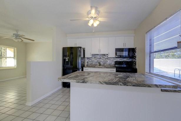 2169 Catalina Drive North, Clearwater, FL - USA (photo 5)