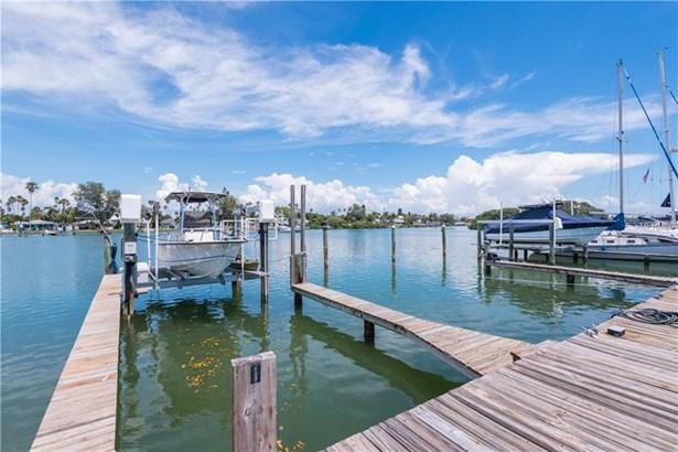 3111 Pass-a-grille Way 213, St. Petersburg Beach, FL - USA (photo 3)