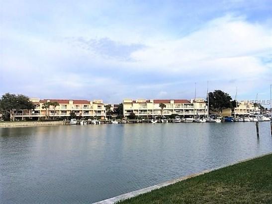 556 Plaza Seville Court 105, Treasure Island, FL - USA (photo 1)