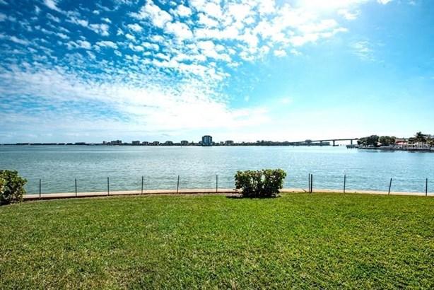 495 41st Avenue, St. Petersburg Beach, FL - USA (photo 3)