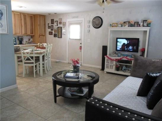 9705 Theresa Circle, Thonotosassa, FL - USA (photo 4)