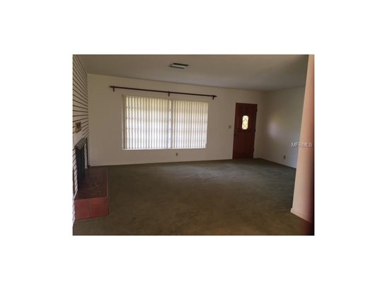 2693 Haines Bayshore Road, Clearwater, FL - USA (photo 5)