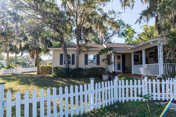 714 North Glenwood Avenue, Clearwater, FL - USA (photo 2)