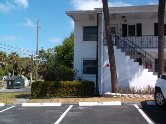 14531 Walsingham Road 125, Largo, FL - USA (photo 1)