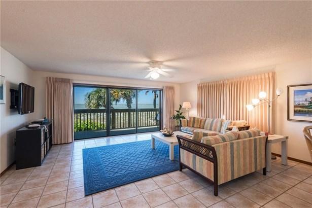 300 3rd Avenue 102, Indian Rocks Beach, FL - USA (photo 4)