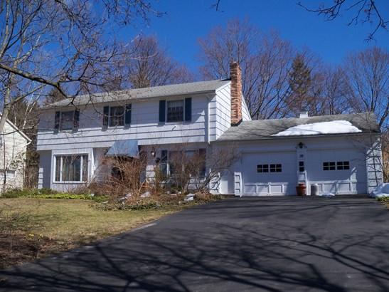 28 Farm Brook Drive, Penfield, NY - USA (photo 1)