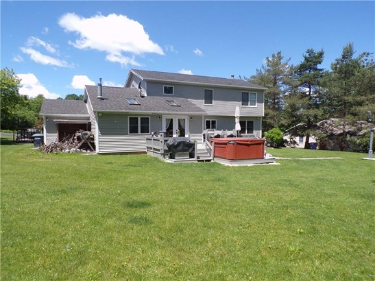 13 Hillside Drive, Phelps, NY - USA (photo 3)