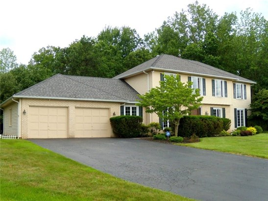 5 Old Acre Lane, Pittsford, NY - USA (photo 2)