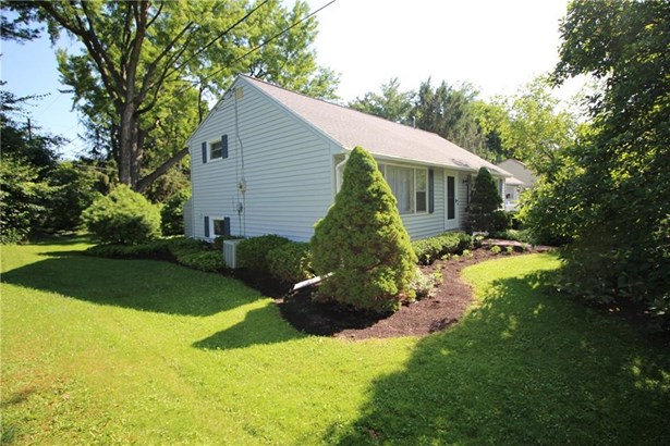 2 Sanhurst Drive, Scottsville, NY - USA (photo 4)