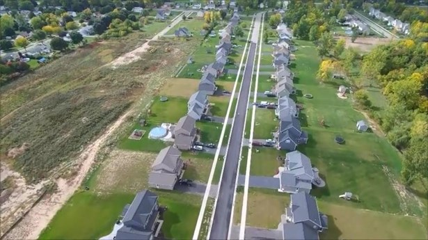 96 Country Village Lane, Parma, NY - USA (photo 4)