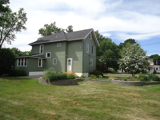 74 N Maple Street, Warsaw, NY - USA (photo 2)