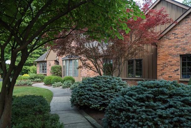 6358 Pin Cherry Court, Clarence, NY - USA (photo 2)