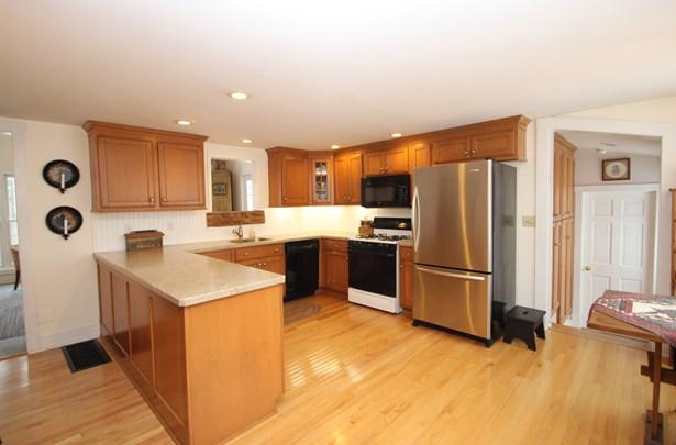7726 Hamilton Street, Williamson, NY - USA (photo 2)