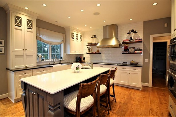 6 Northstone Rise, Pittsford, NY - USA (photo 3)
