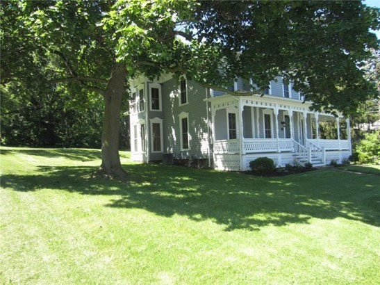 33 State Street, East Bloomfield, NY - USA (photo 2)